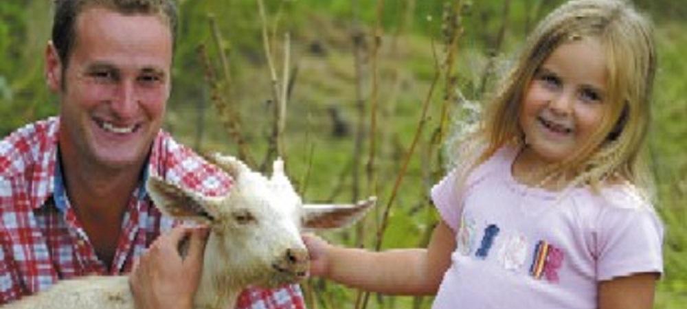 Bovisand Lodge Holiday Park Devon - child with goat