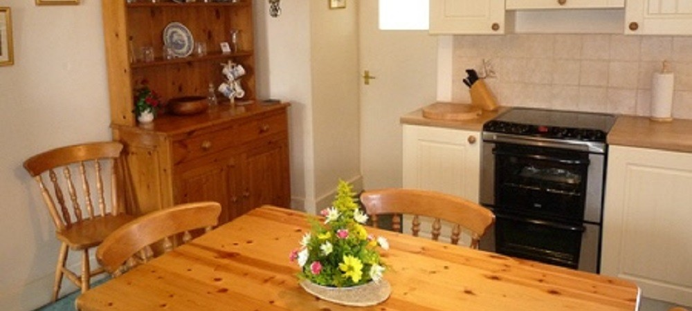 Character Farm Cottages - Lower Farm kitchen
