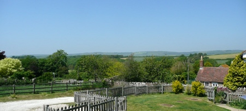 Character Farm Cottages - Swallows country view