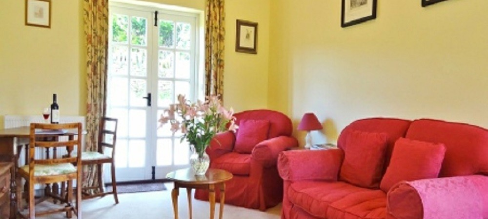 Character Farm Cottages - Willows and Brambles lounge