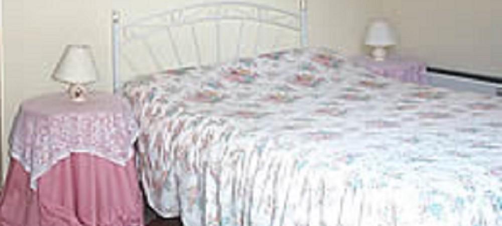 Deer Park Farm bedroom