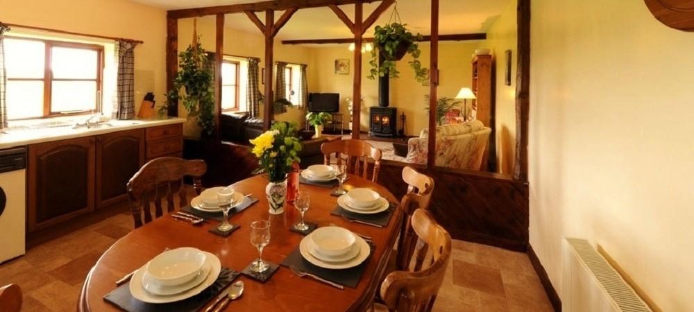 Drewstone Farm Holidays Drewstone Arches living area
