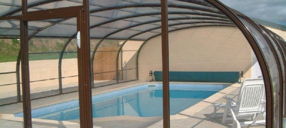 Maddox Down Farm Cottages Swimming Pool