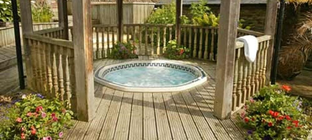 Malston Mill Farm hot tub