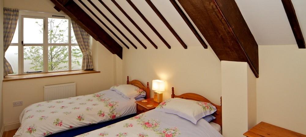 Notton Hill Barn Cottages - Rabbit Cottage