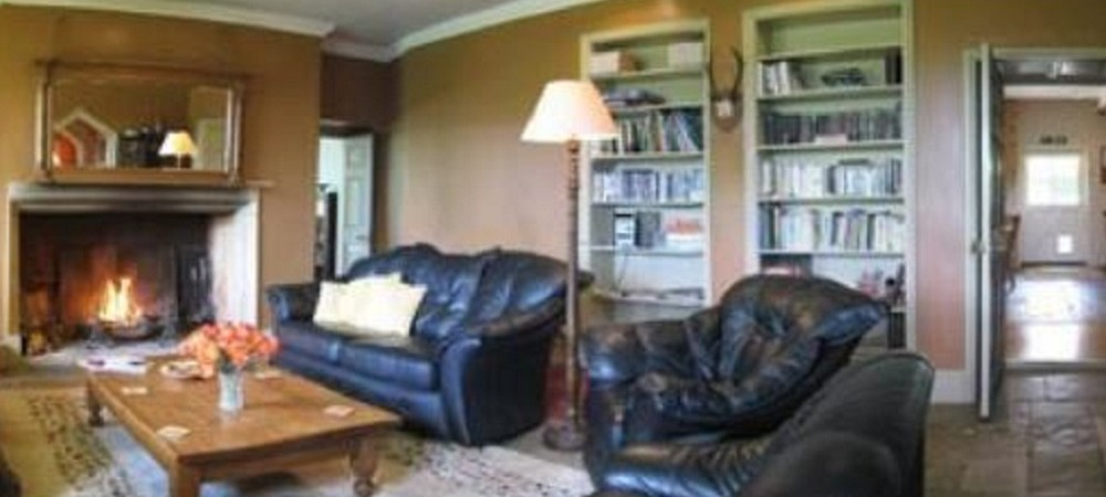 Puncknowle Manor Cottages - Berwick Manor lounge