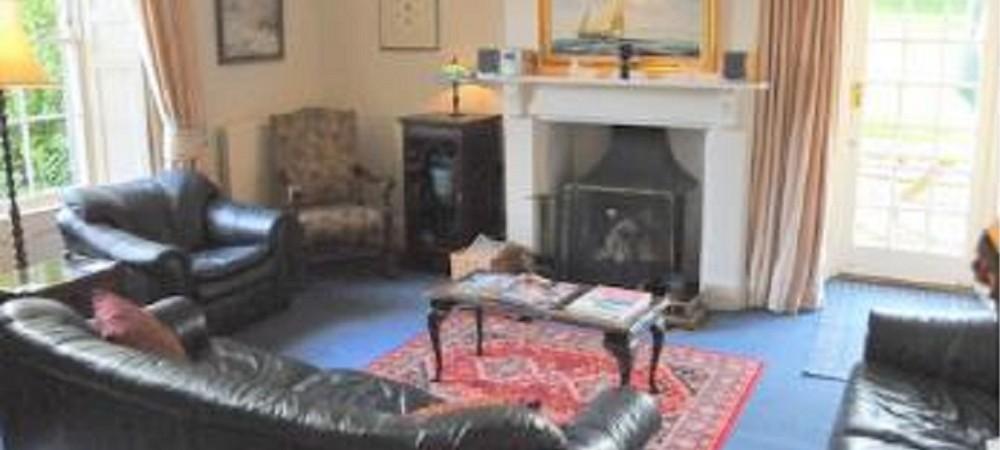 Puncknowle Manor Cottages - Farmhouse lounge