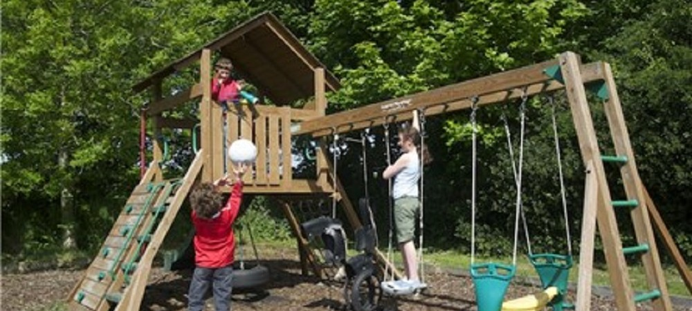 Talehay Holiday Cottages playground