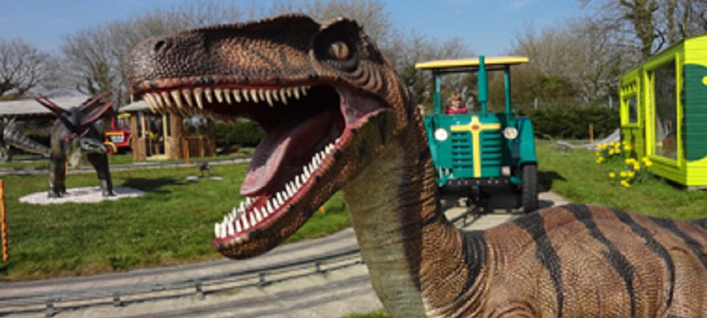 Woodlands Family Theme Park Dinosaur Farm