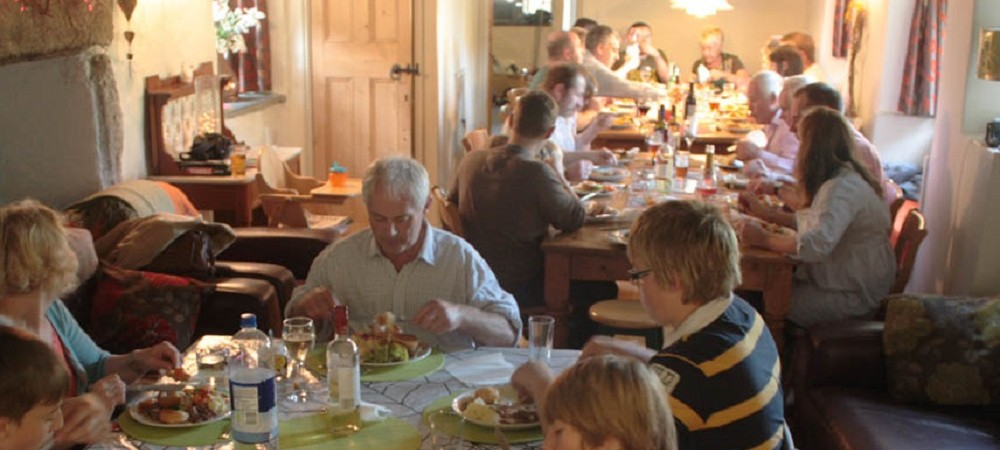 Bosinver Farm Holidays - group celebration